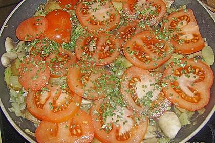 Kartoffel - Champignon - Pfanne mit Tomaten