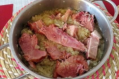 Kasseler auf Apfel - Sauerkraut (Bild)