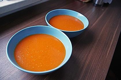 Frische Tomatensuppe 71