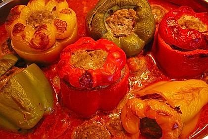 Gefüllte pikante Paprika
