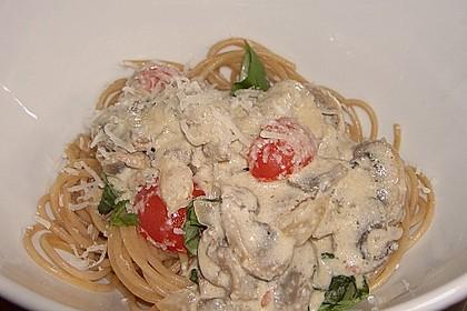 Champignon - Käse - Sauce auf Spaghetti 5