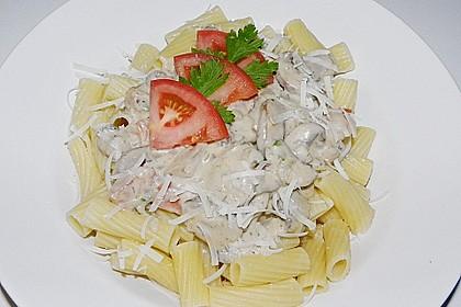 Champignon - Käse - Sauce auf Spaghetti 4