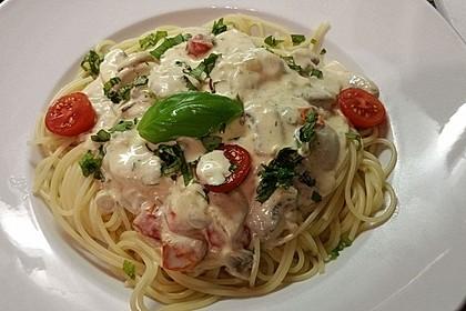 Champignon - Käse - Sauce auf Spaghetti 1