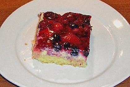Kirsch - Himbeer - Heidelbeer - Schmand Blechkuchen 6