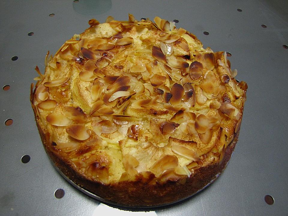 Kleiner Apfel Amaretto Kuchen Von Schokomauschen23 Chefkoch De