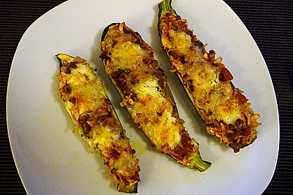 Zucchini mit Hackfleisch-Reisfüllung 11