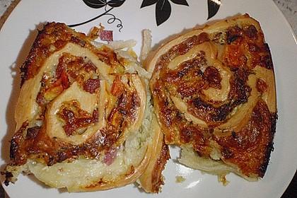 Pikanter Rosenkuchen 12