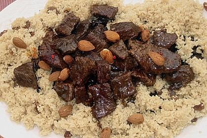 Rindfleisch - Tajine mit Mandeln und Backpflaumen 5