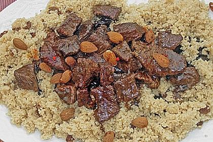 Rindfleisch - Tajine mit Mandeln und Backpflaumen 6