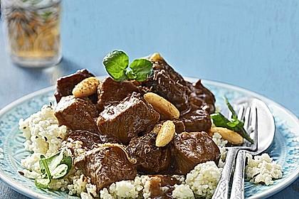 Rindfleisch - Tajine mit Mandeln und Backpflaumen