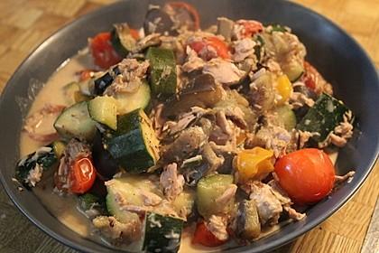 Gemüsetopf mit Thunfisch