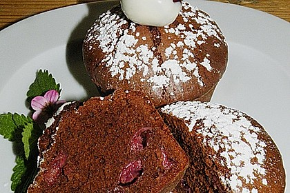 Schokoladentörtchen mit Kirschen 15
