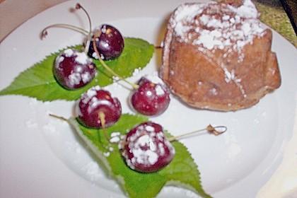 Schokoladentörtchen mit Kirschen 26