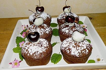 Schokoladentörtchen mit Kirschen 2