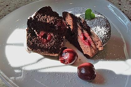 Schokoladentörtchen mit Kirschen 10