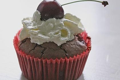 Schokoladentörtchen mit Kirschen 6