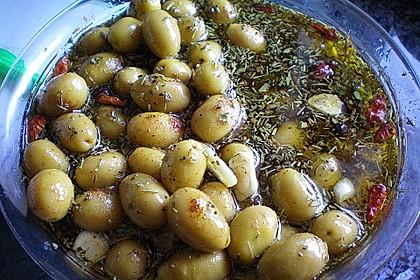 Selbst eingelegte Oliven 1