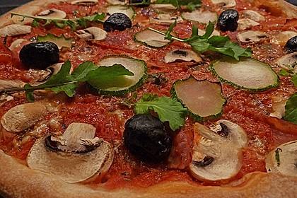 Pizzateig mit langer und kalter Teigführung (Bild)
