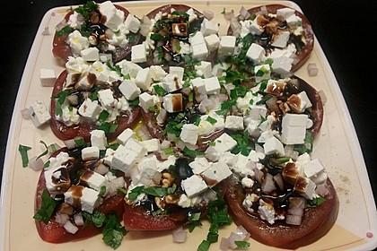 Tomatencarpaccio mit Hüttenkäse 8