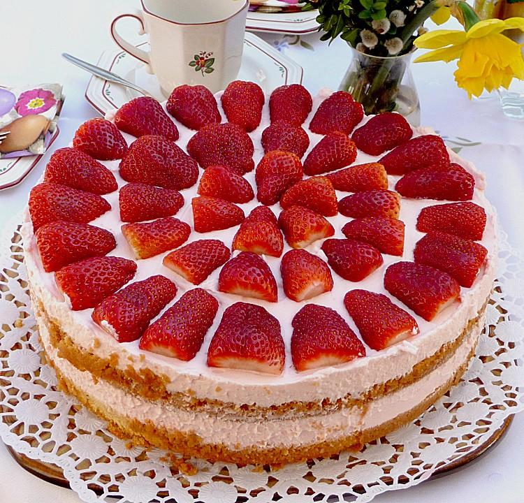 Sasis Erdbeer Sahne Torte Ein Leckeres Rezept Chefkoch De