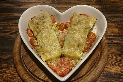 Mit Couscous gefüllte und überbackene Zucchini 14