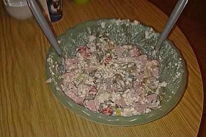 Putenwurstsalat mit Hüttenkäse 8