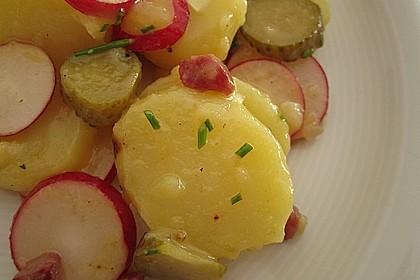 Kartoffelsalat mit Radieschen und Speck 4