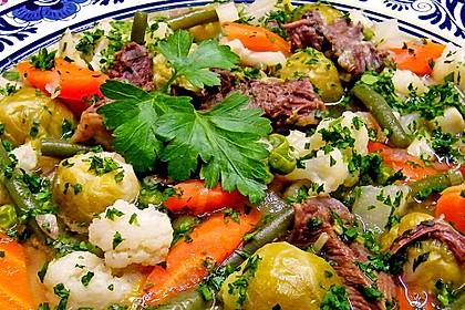 Sommerlicher Gemüseeintopf 1