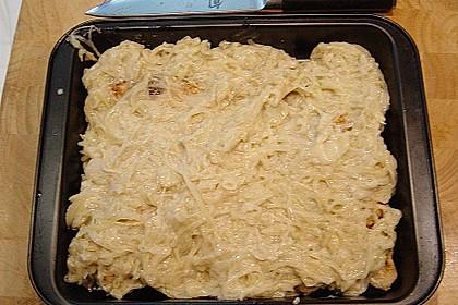 Hähnchenfilet mit Zwiebelsoße überbacken