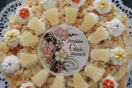 Ananas - Sahnetorte mit weißer Schokolade 4