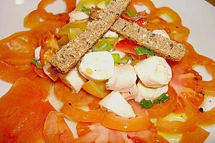 Geschmolzenes Ochsenherz - Carpaccio mit Pulposalat und Vanille - Vinaigrette