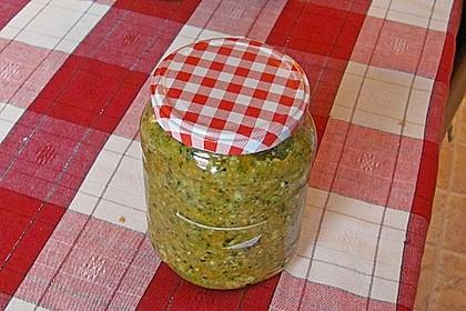 Eingesalzenes Gemüse für Gemüsebrühe 38