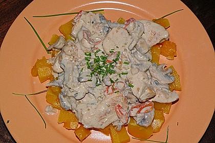 Hähnchengeschnetzeltes mit Champignons und Tomaten (Bild)