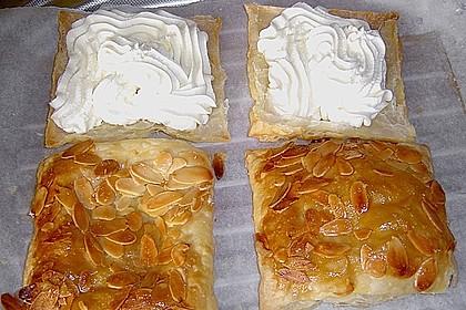 Erdbeerkissen aus Blätterteig, schnell gebacken 13