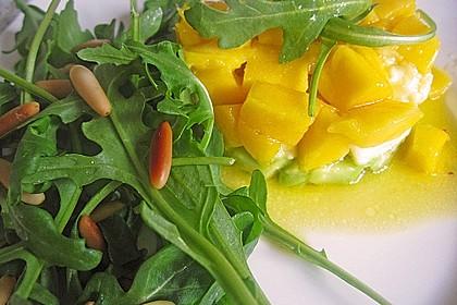 Avocado-Mozzarella-Salat mit Mango 26