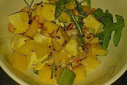 Avocado-Mozzarella-Salat mit Mango 78