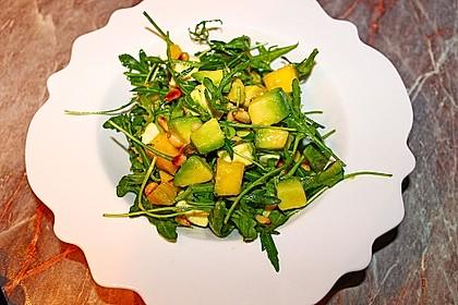 Avocado-Mozzarella-Salat mit Mango 40