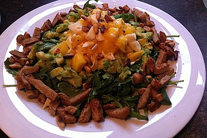 Avocado-Mozzarella-Salat mit Mango 59