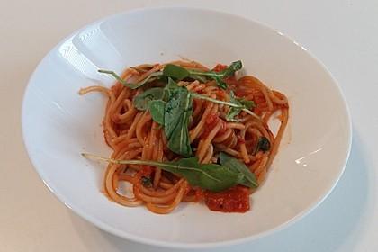 Pasta mit Tomaten und Rucola 10