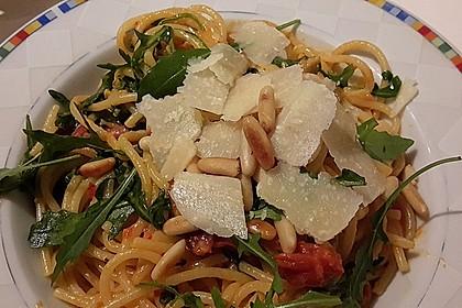 Pasta mit Tomaten und Rucola 3