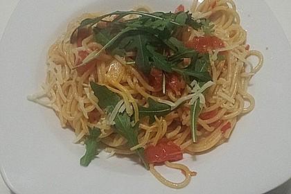 Pasta mit Tomaten und Rucola 7