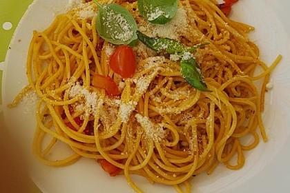 Pasta mit Tomaten und Rucola 8