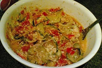 Zucchini - Gratin mit Tomaten - Quark - Sauce 5