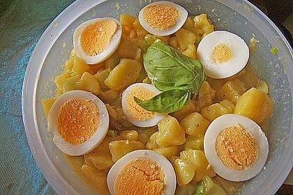 Uschis Kartoffel-Gurkensalat 13