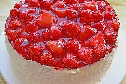 Erdbeer - Eierlikör - Torte 8