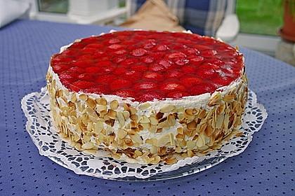 Erdbeer - Eierlikör - Torte 2
