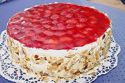 Erdbeer - Eierlikör - Torte 5