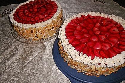 Erdbeer - Eierlikör - Torte 4