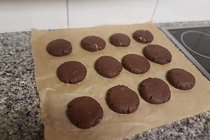 Schoko - Cookies mit Erdnussbutter - Füllung 24