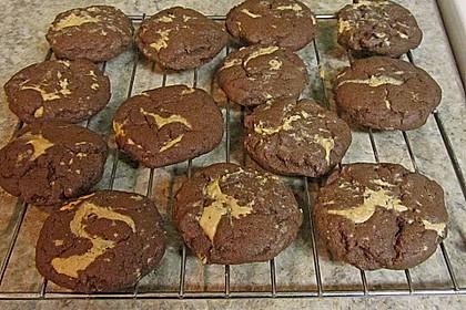 Schoko - Cookies mit Erdnussbutter - Füllung 29
